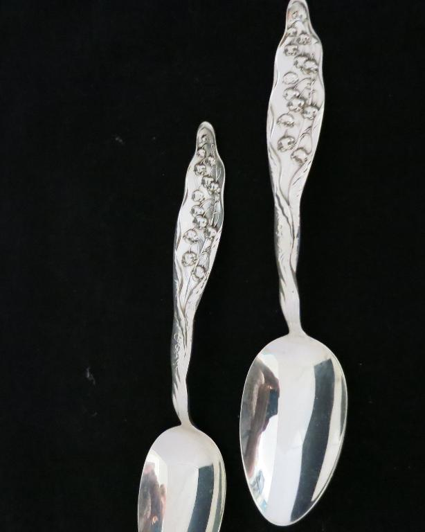 Whiting Lily of the Valley Serving Spoon