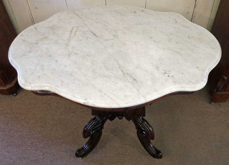 Rosewood Turtletop Table