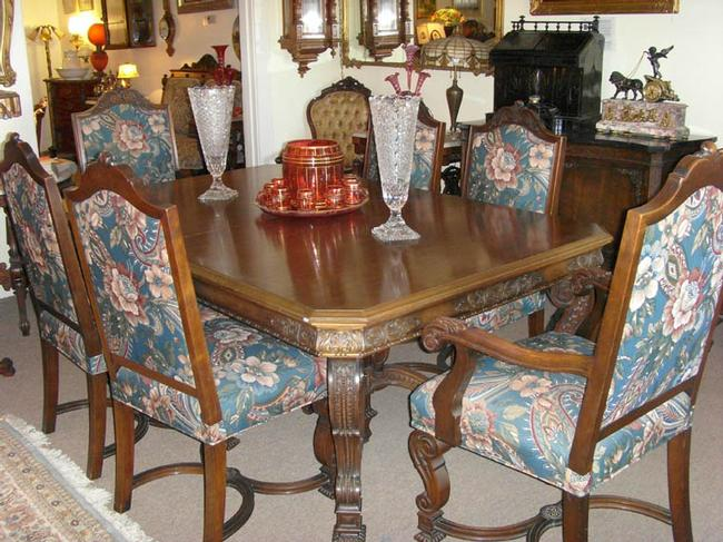 Tobey Dining Set