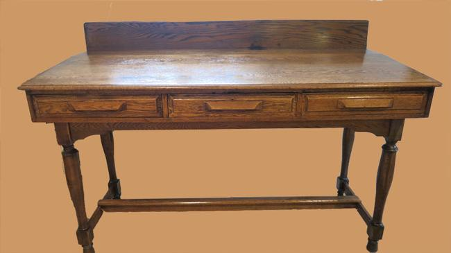 Large Oak Standing Bookkeepers Desk